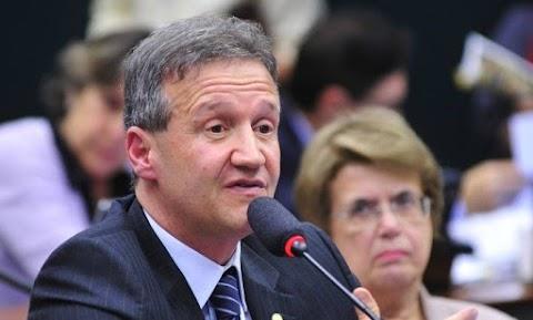Aluísio Mendes é o primeiro parlamentar do MA diagnosticado com coronavírus