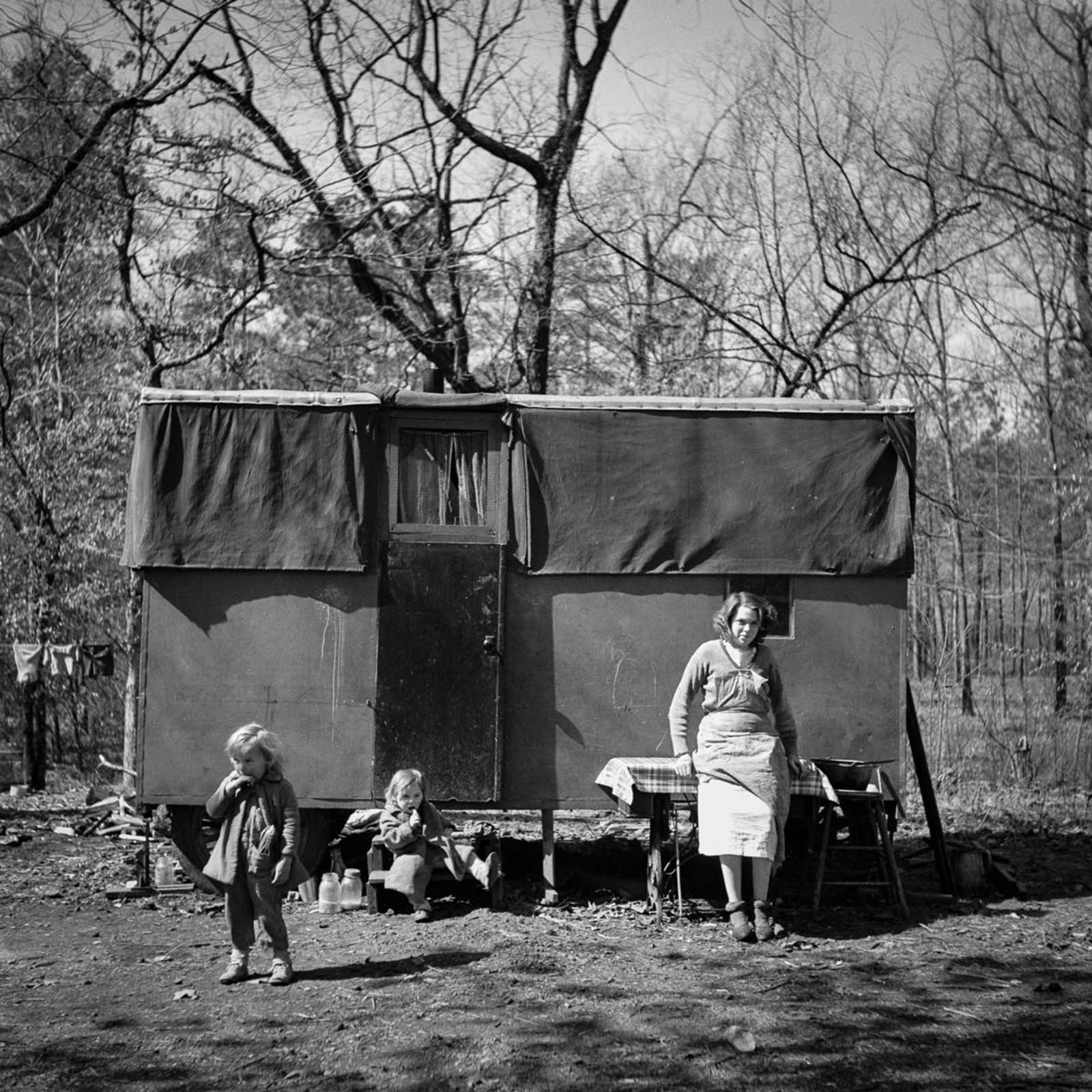 A migrant encampment in Birmingham, Alabama. 1937.