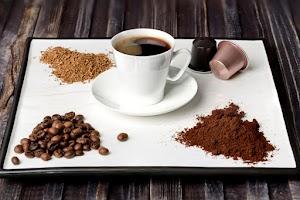 فوائد القهوة منزوعة الكافيين واضرارها وانواعها وطريقة صنعها