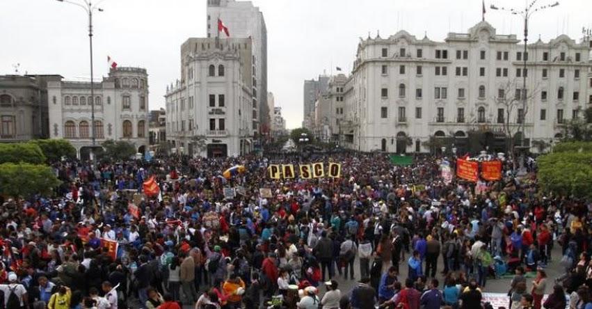 No sé por qué maestros tienen tanto temor a la evaluación, sostiene el Presidente del CNE, César Guadalupe - www.cne.gob.pe