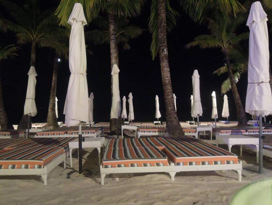Beach beds at Discovery Shores Boracay