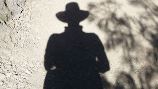 De donde son la gente sombra