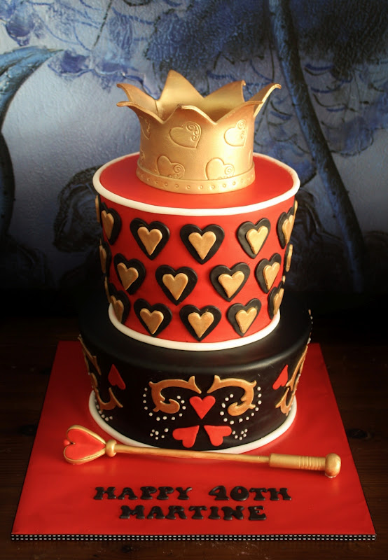 Sandy S Cakes Martine S Queen Of Hearts Cake For Her 40th