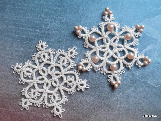 frywolitkowe śnieżynki według wzoru Frivole