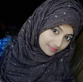 Pakistani girl WhatsApp