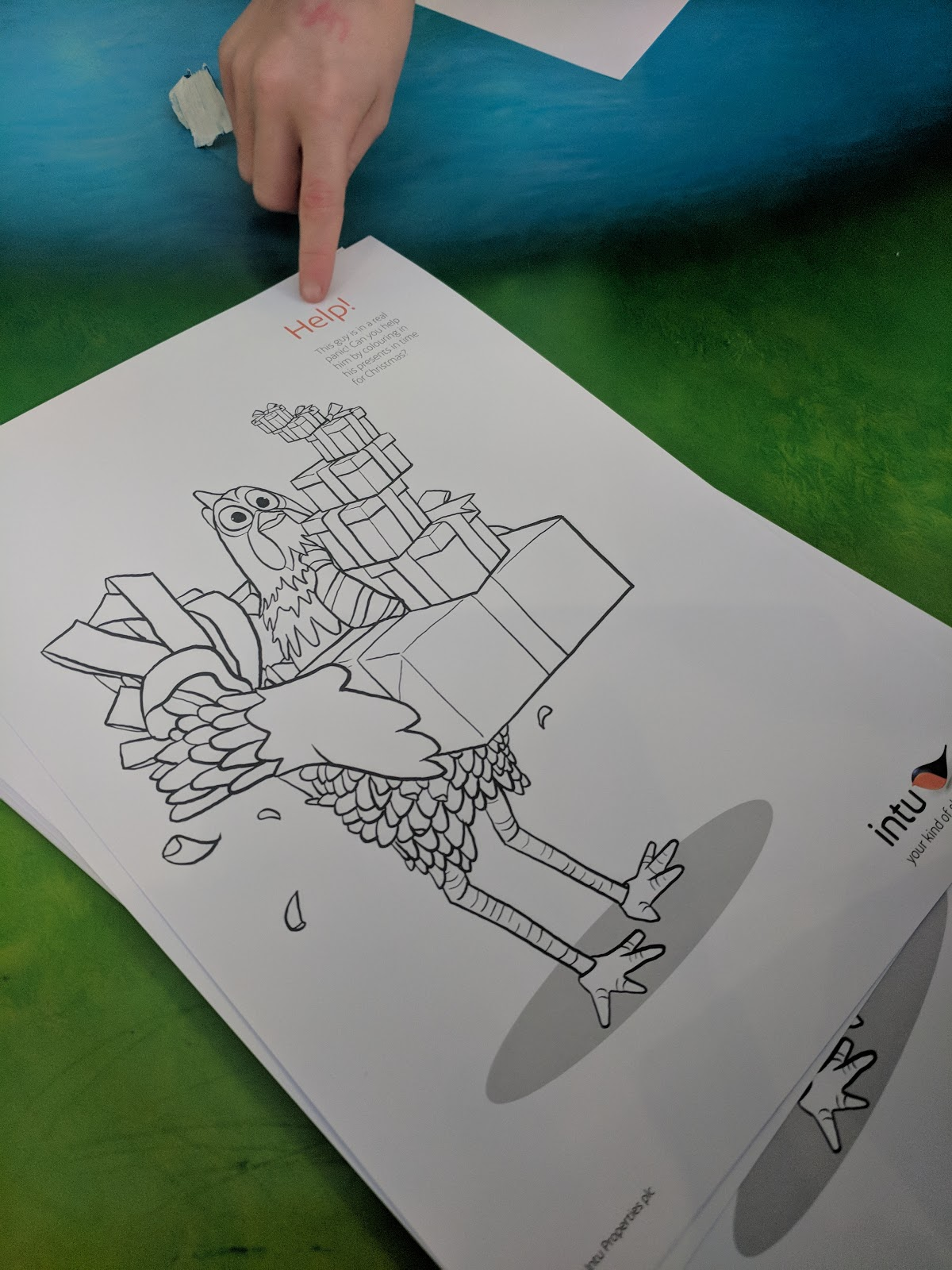 there are colouring tables and sheets to keep little ones entertained while you wait and the time passed super quickly