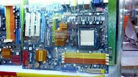 hardware di komputer
