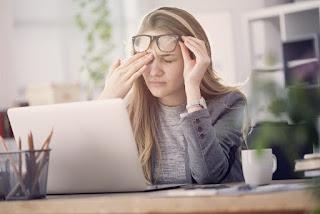 علاج تساقط الشعر الناتج عن التوتر النفسي