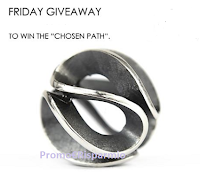 Logo Con ''Friday Giveaway'' vinci gratis un esclusivo Chosen Path
