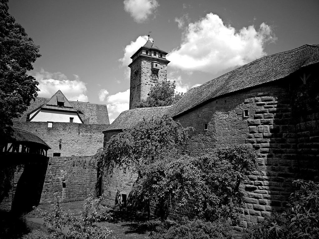 Huawai P20 – Rothenburg ob der Tauber - B&W and Colour