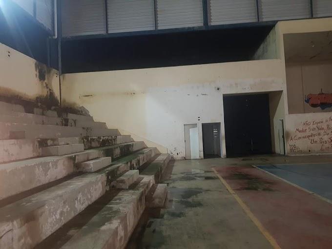 OPINIÃO! O triste (atual) estado do ginásio poliesportivo de Belo Oriente; mas tem solução