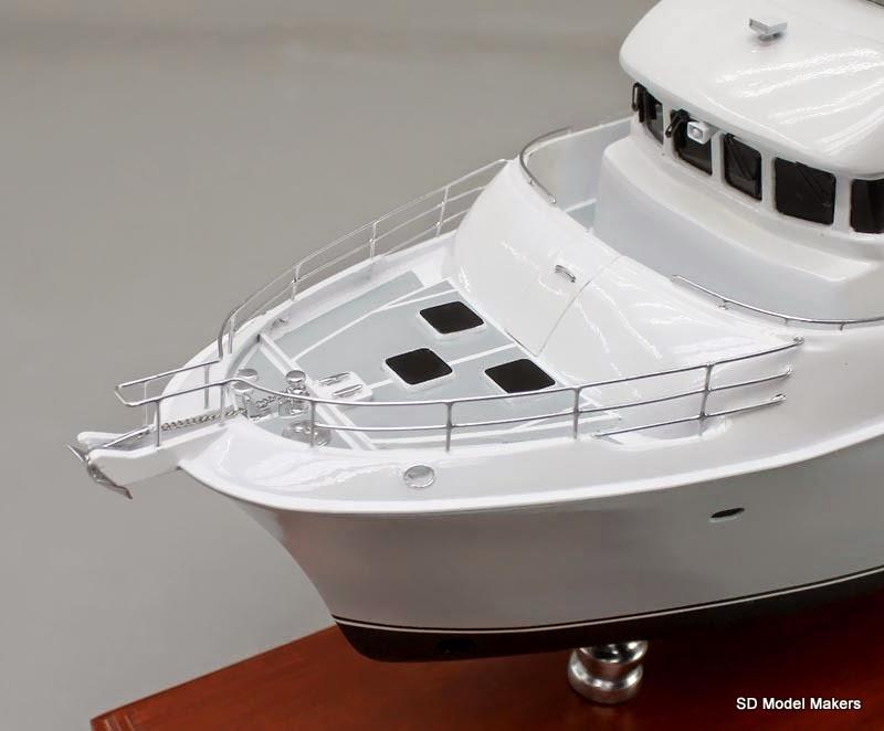 SD Model Makers: 18-inch Nordhavn 55 Desktop Replica Model