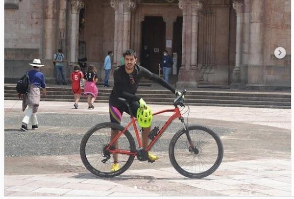 Málaga, Dani Barrio hace ruta en bicicleta por Covadonga