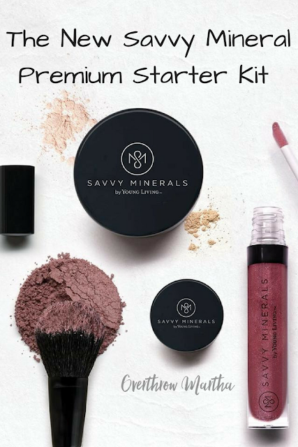 What's in the New Savvy Minerals Premium Starter Kit #youngliving #PSK #naturalmakeup #naturalbeauty