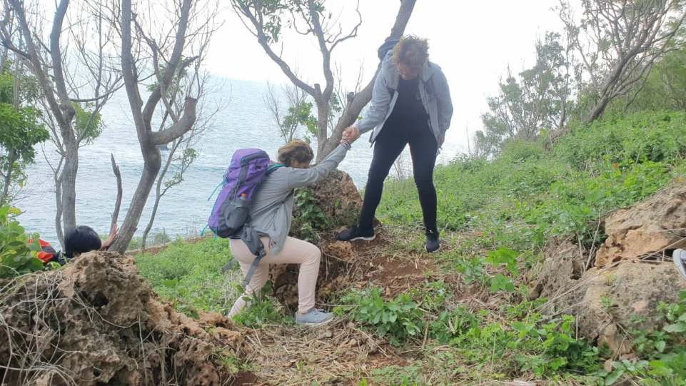 Alex Yunggun & Bea Serendy saat syuting videoklip U Give Me Love di Pantai Krokoh, Gunung Kidul, Yogyakarta.