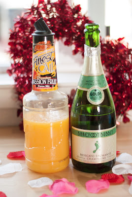 passionate bubbles cocktail, new years cocktail, new years eve cocktail, champagne, passion fruit puree