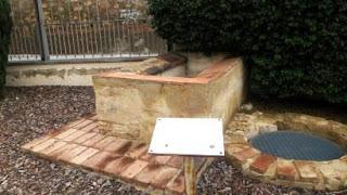 Pozo seco y lavadero en Can Riera (LH-Centro)