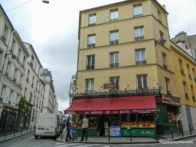 Au Marché de la Butte, em Montmartre, mercearia onde Amélie Poulin fazia compras