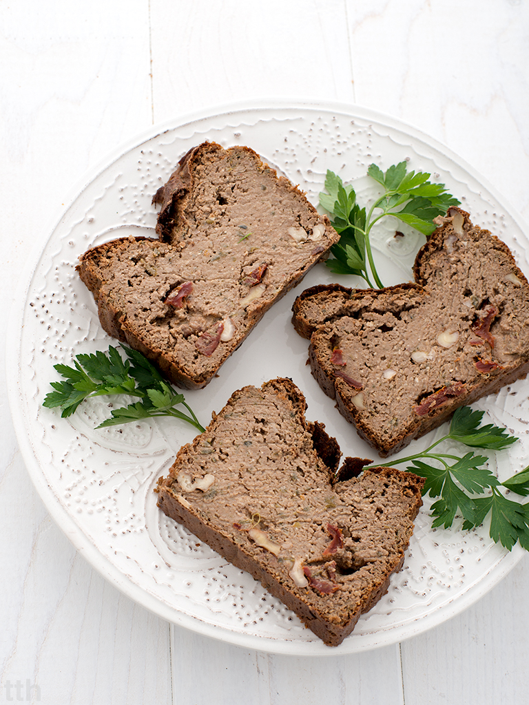 Pasztet z soczewicy i kaszy jaglanej z bakłażanem i orzechami włoskimi wegański, bezglutenowy roślinny blog kulinarny