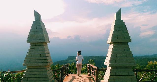 Bukit Lintang Sewu Glamping, Panorama Jogja dari Ketinggian