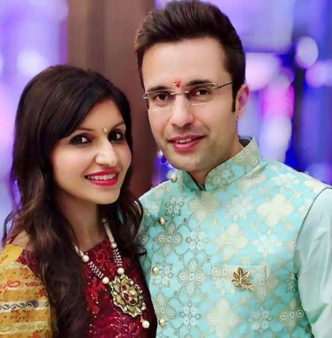 Sandeep Maheshwari with cute wife neha