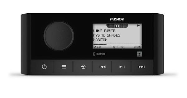 Garmin apresenta o novo reprodutor Fusion MS-RA60 para completar o seu sistema de música a bordo