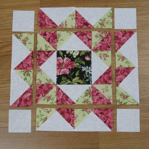 Mother's Choice Traditional Quilt Block Free Pattern designed by Elaine Huff of Fabric 406
