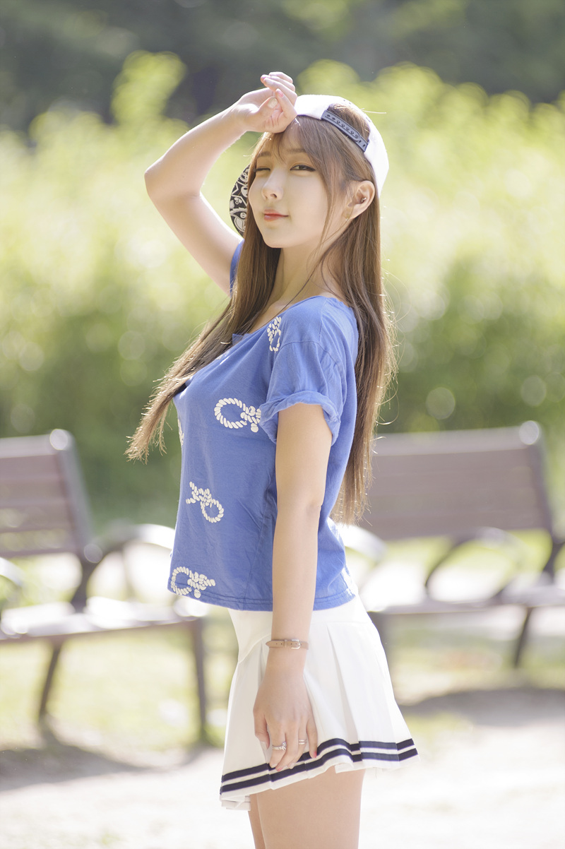 Mina - 2015.5.17 Mini Skirt & Outdoor