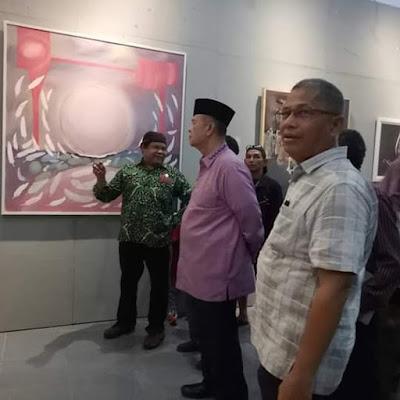 Wagub Sumbar Nasrul Abit Bangga Karya Seni Lukis UNP dan ISI Padang Panjang