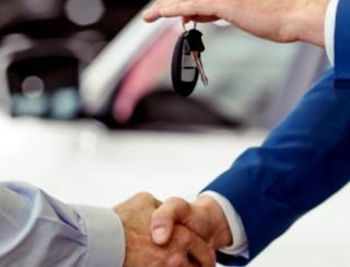 Membeli Mobil dengan Harga Off the Road, Apakah Aman?