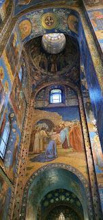Mosaik dinding gereja St Petersburgh