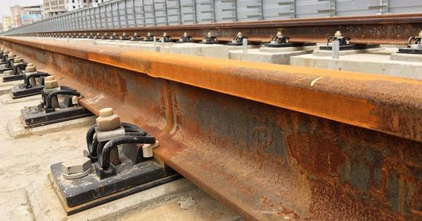 Thép đường ray của Pháp trăm năm vẫn tốt, còn của Cát Linh – Hà Đông chưa dùng đã rỉ sét