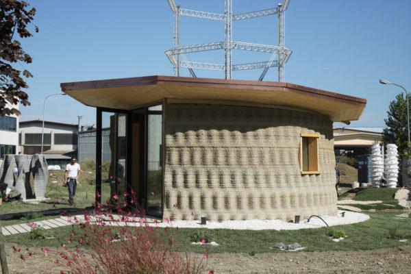 Gaia, uma casa impressa em 3D com terra