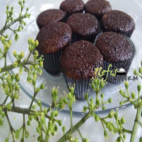 Kakaolu Islak Cupcake Nasıl Yapılır