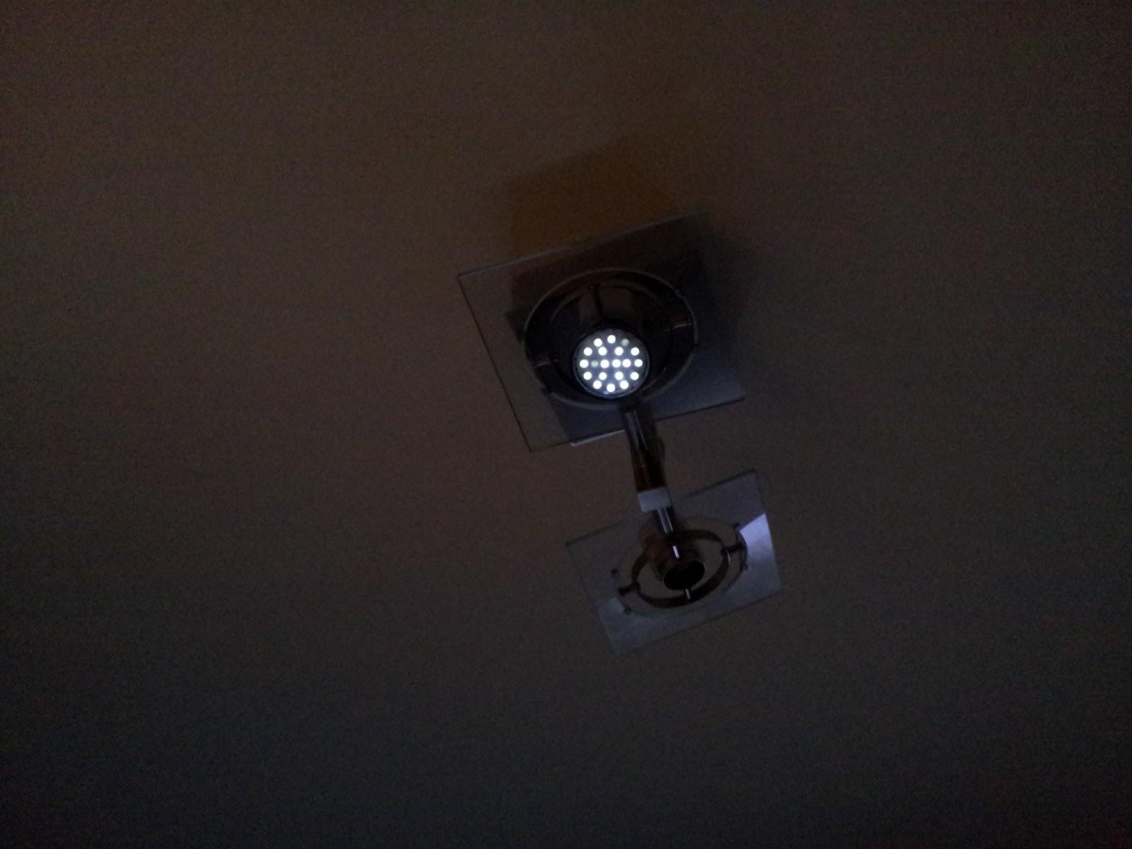 Iluminaci n led bombillas led quedan medio encendidas - Lamparas que den mucha luz ...