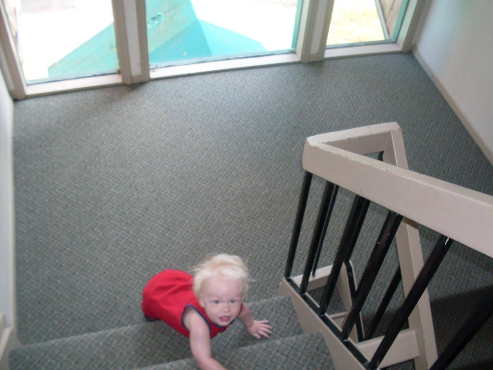 Awkward Mom: Awkward Mom vs  Stairs