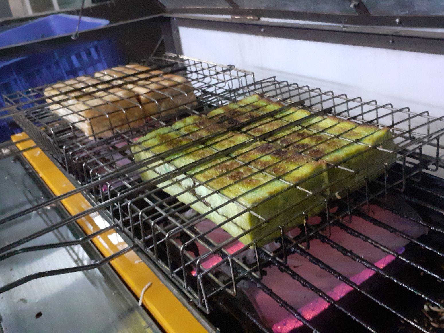 Analisa Bisnis Peluang Usaha Roti Bakar Masrodi