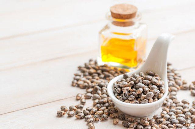 Khasiat Castor Oil (Minyak Jarak) untuk Kesehatan Kulit Anda