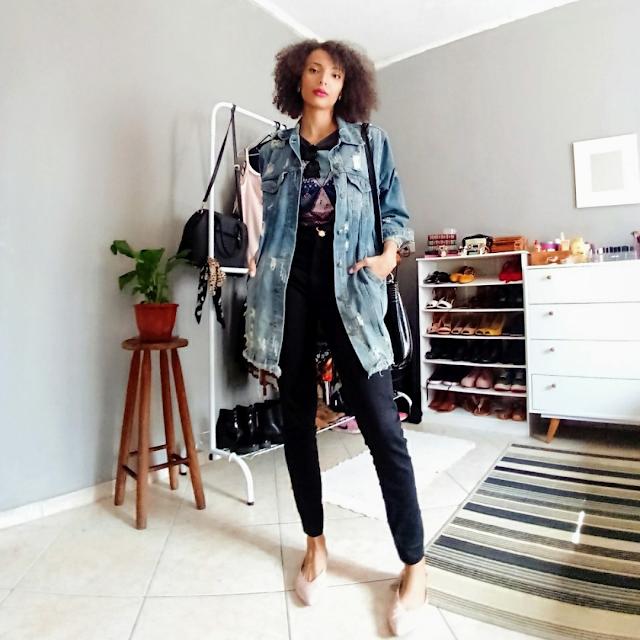 Look do Dia: Maxi Jaqueta Jeans + Calça Skinny Preta