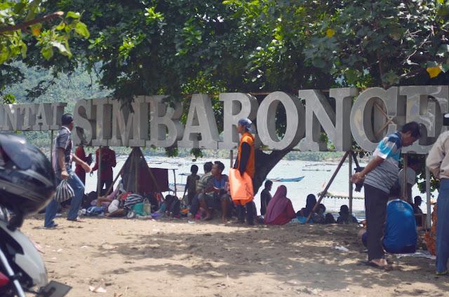 Pantai Simbaronce, Watulimo