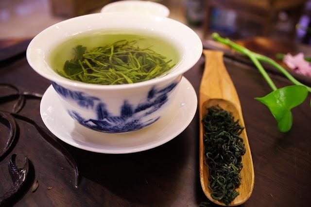 Green tea peene ke fayde  - ग्रीन टी के फायदे