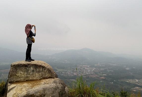 Mendaki Bukit Broga Bersama Kanak-Kanak