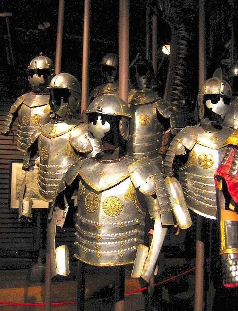 Armaduras dos husardos de Ian Sobieski, rei da Polônia.