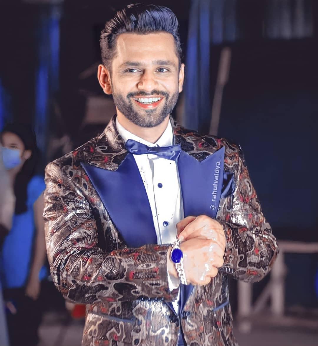 Bigg-Boss-14-Finale-Rubina-Dilaik-wins-the-trophy-Rahul-Vaidya-becomes-runner-up