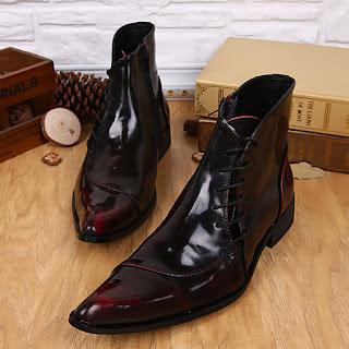 sepatu-berbahan-Patent-Leather