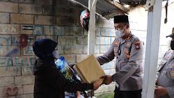 Sosok Humanis, Kapolres Karimun Beri Bantuan melalui kegiatan Bakti Sosial