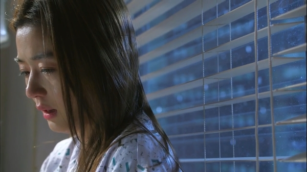 Chồng vô sinh để tiếng cho vợ phải chịu thay lời cay nghiệt từ cha mẹ chồng
