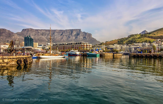 Canon EF-S 10-18mm IS STM Ultra-Wide Lens V&A Waterfront Cape Town - Table Mountain View