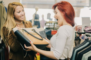 Perbedaan Cara Menjual Produk Ke Wanita Dan Pria