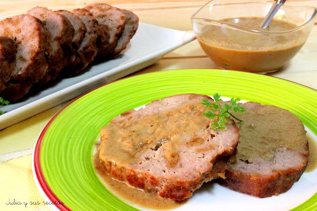 Rollo de ternera con salsa bovril. Julia y sus recetas